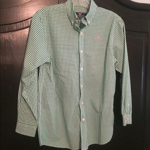 EUC Boys Vineyard Vines button down shirt